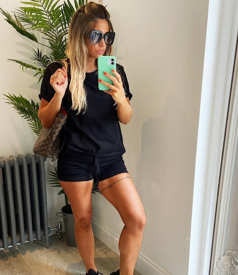BASIC SHORTS SET IN BLACK