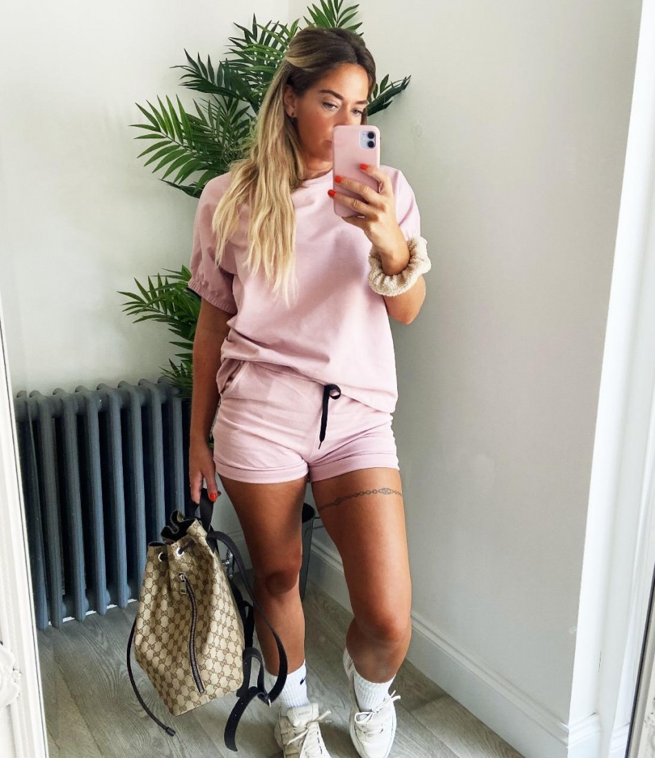 BASIC SHORTS SET IN PINK